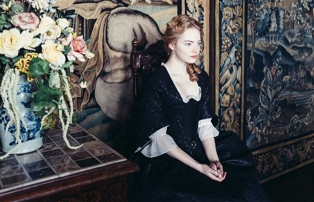 The-Favourite-Emma-Stone-Crop